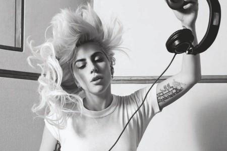 """Veja os bastidores de """"Joanne"""", novo álbum de Lady Gaga, em documentário inédito sobre a produção do disco"""