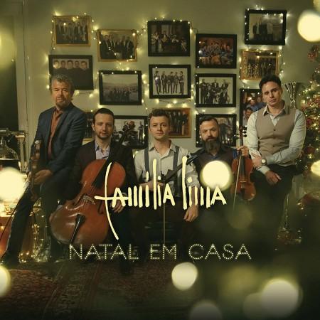 """Família Lima convida para a intimista apresentação do álbum """"Natal em Casa"""". DVD traz Sandy e Xororó na plateia"""