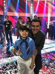 "Vencedor da segunda temporada do ""The Voice Kids"", o gauchinho Thomas Machado é a nova voz infantil do Brasil e da Universal Music"