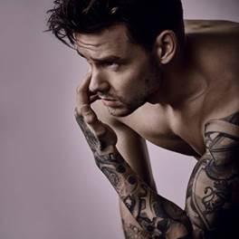 """Liam Payne libera o primeiro single da carreira solo. Conheça """"Strip That Down"""""""