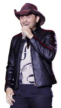 """Mano Walter lança os vídeos de """"É do Patrão"""", """"O Meu Coração Tá Muito Bem"""", """"Saudade Preferida"""" e """"Bebi, Liga e Chora"""", extraídos do DVD """"Ao Vivo em Maceió"""""""