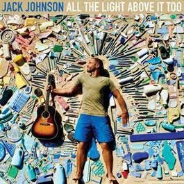"""Jack Johnson divulga nova música, """"Sunsets For Somebody Else"""", e informações sobre a turnê, que passará pelo Brasil em novembro"""