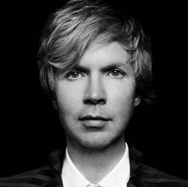 "Beck lança single e vídeo de novo disco. Assista ""Up All Night""!"