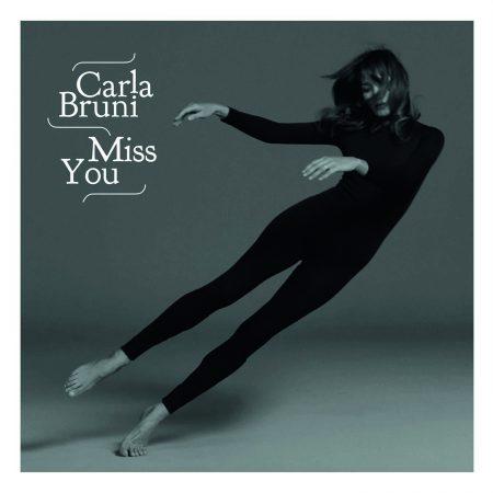 """Carla Bruni está de volta com o novo álbum, """"French Touch"""". Ouça agora!"""