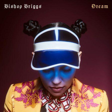 """Após o sucesso de """"Dream"""", a cantora Bishop Briggs divulga vídeo da música"""