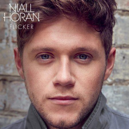 """Após passagem pelo Brasil, com a turnê """"Flicker Sessions"""", Niall Horan lança o primeiro álbum de sua carreira solo. Conheça """"Flicker"""""""