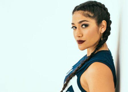 Nova artista colombiana Farina está dominando as paradas latinas de música urbana