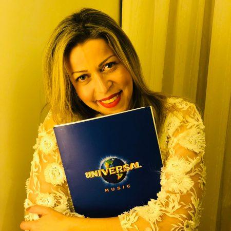 Adriana Arydes é a nova contratada da Universal Music