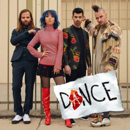 """Vem pra pista ao som de DNCE e sua nova canção, """"Dance"""""""