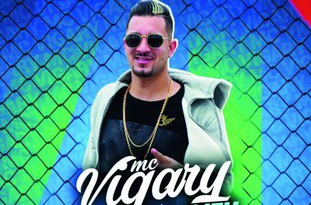 """Com mais de 900 mil seguidores, canal """"Funk Hits"""" apresenta os singles """"O Coro Comeu"""", de MC Vigary, e """"Novinha do Leblon"""", de Robinho da Prata"""