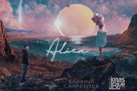 """O esperado vídeo de """"Alien"""", parceria de Sabrina Carpenter e Jonas Blue, é divulgado"""
