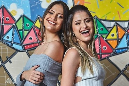 """Videoclipe de """"Canção Favorita"""", da dupla Júlia & Rafaela, já está disponível"""