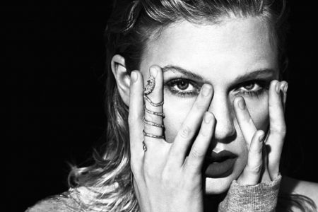 "Cantora Taylor Swift lança vídeo exclusivo de ""Delicate"""