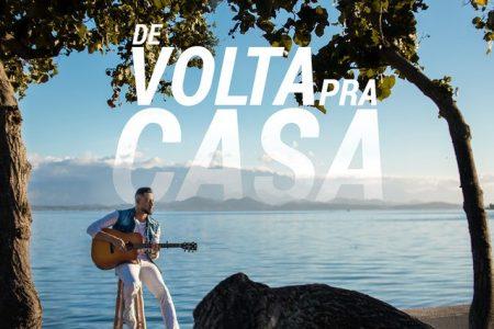 """""""De volta pra casa"""" é o novo single e clipe do cantor Rafael Chagas"""