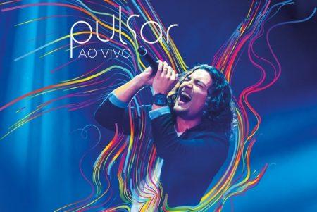 """Cantor de sucesso da música católica, Thiago Brado lança o álbum """"Pulsar"""" e o clipe do hit """"Minha Essência"""""""