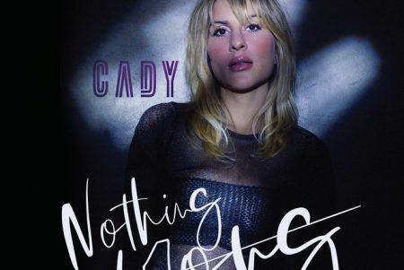 """A DJ e cantora Cady lança a faixa e o lyric video de """"Nothing Wrong"""""""
