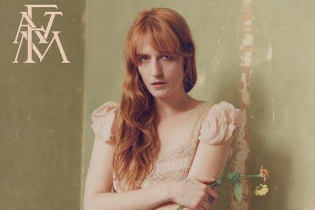 """Ouça a versão acústica de """"Patricia"""", de Florence + The Machine"""