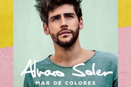"""""""Mar de Colores"""" é o novo álbum do cantor Alvaro Soler, que chega hoje às plataformas digitais"""