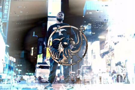 """O rapper Pregador Luo lança o clipe da versão remix de """"Marfim"""", gravado em Nova York"""