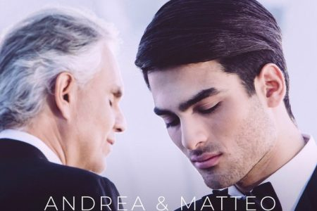 "O tenor italiano Andrea Bocelli convida o filho Matteo para um dueto na nova música, ""Fall On Me"""
