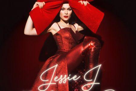 "A cantora Jessie J apresenta seu álbum natalino, ""This Christmas Day"""