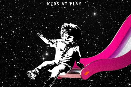 """O novo EP """"Kids At Play"""", do Louis The Child, chega às plataformas digitais"""