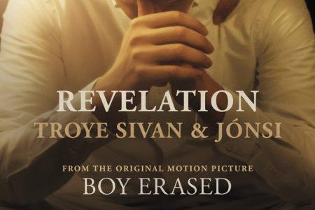 """Troye Sivan lança nova faixa """"Revelation"""", parte da trilha sonora do filme """"Boy Erased"""""""