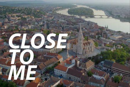 """Assista ao videoclipe de """"Close To Me"""", da cantora Ellie Goulding com a colaboração de Diplo e Swae Lee"""