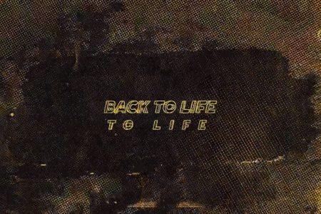"Hailee Steinfeld lança o lyric video de ""Back To Life"", parte da trilha sonora do filme ""Bumblebee"""