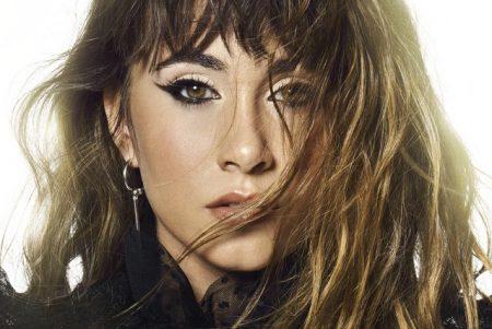 """A estrela espanhola Aitana apresenta seu EP de estreia, """"Tráiler"""", disponível em todas as plataformas digitais"""