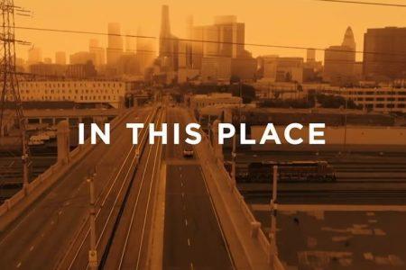 "Assista ao videoclipe de ""In This Place"", da cantora Julia Michaels, parte da trilha sonora de ""Wi-fi Ralph: Quebrando A Internet"""