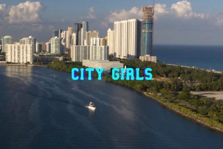 """As rappers do City Girls disponibilizam o videoclipe do hit """"Twerk"""", com participação de Cardi B"""