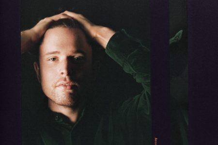 """Assume Form"", novo álbum do cantor James Blake, já disponível"