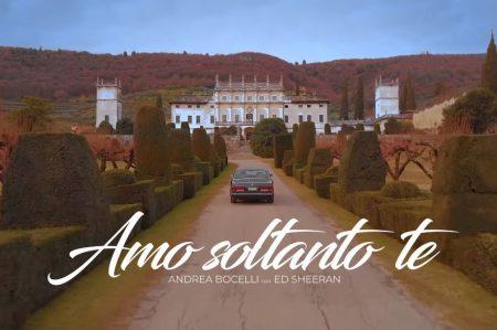 """Andrea Bocelli conta com a participação estrelada de Ed Sheeran no videoclipe de """"Amo Soltando Te"""". Assista!"""