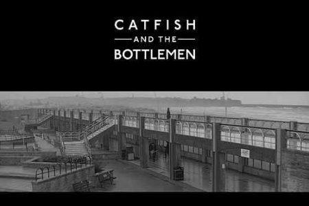 "CATFISH & THE BOTTLEMEN ESTÁ DE VOLTA E APRESENTA SUA NOVA MÚSICA, ""2ALL"""