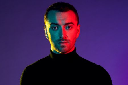 "ÁLBUM ""IN THE LONELY HOUR"", DE SAM SMITH, É ANUNCIADO COMO A MAIOR ESTREIA DA DÉCADA NAS PARADAS DO REINO UNIDO"