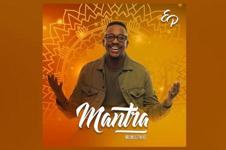 """MUMUZINHO É SÓ ENERGIA POSITIVA! SAMBISTA LANÇA O EP """"MANTRA"""". ASSISTA TAMBÉM AO CLIPE DA FAIXA-TEMA"""