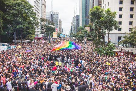 """A UNIVERSAL MUSIC SE UNE À ASSOCIAÇÃO DA PARADA DO ORGULHO LGBT+ DE SÃO PAULO PARA A REALIZAÇÃO DA PRIMEIRA """"PARADASP AO VIVO"""", QUE ACONTECE VIA INTERNET"""