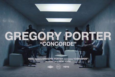 """GREGORY PORTER DISPONIBILIZA O VÍDEO DE SUA PERFORMANCE DE """"CONCORDE"""", GRAVADO PARA O VEVO SESSIONS"""