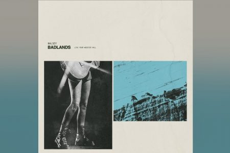 "A CANTORA HALSEY LANÇA O ÁLBUM ""BADLANDS LIVE FROM WEBSTER HALL"""