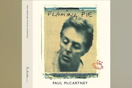 """JÁ ESTÁ DISPONÍVEL """"FLAMING PIE"""", REEDIÇÃO DO 10º ÁLBUM SOLO DE SIR PAUL MCCARTNEY"""