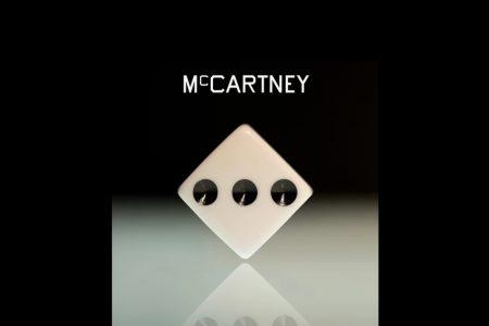 """PAUL MCCARTNEY APRESENTA HOJE SEU NOVO E AGUARDADO ÁLBUM, """"MCCARTNEY III"""", EM TODAS AS PLATAFORMAS DE MÚSICA POR STREAMING"""
