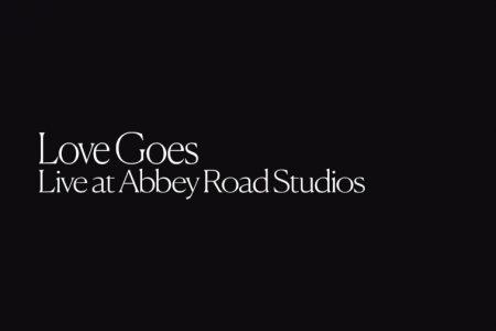"""ASSISTA AO VÍDEO DE """"LOVE GOES"""", GRAVADO DURANTE APRESENTAÇÃO DE SAM SMITH NO ABBEY ROAD STUDIOS, COM A PARTICIPAÇÃO DE LABRINTH"""