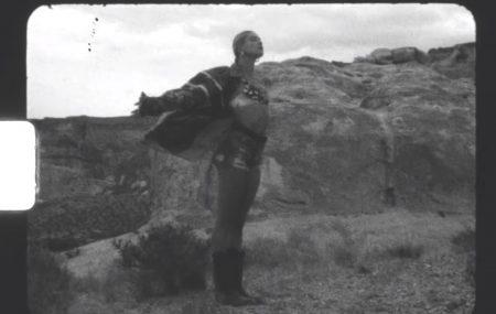 "JUSTIN BIEBER APRESENTA O VIDEOCLIPE DE ""ANYONE (ON THE ROAD)"". ASSISTA AGORA!"