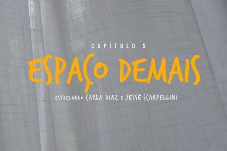 """ASSISTA AO VÍDEO DE """"ESPAÇO DEMAIS"""", QUINTO CAPÍTULO DA SÉRIE INTITULADA """"BASEADOS EM AMORES REAIS"""", DO MAR ABERTO"""